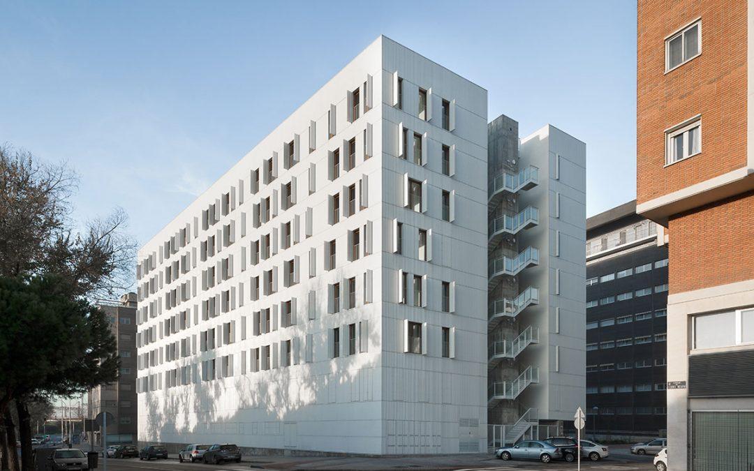 Ruiz Larrea & Asociados – Promoción residencial Adelfas 98 (Madrid)