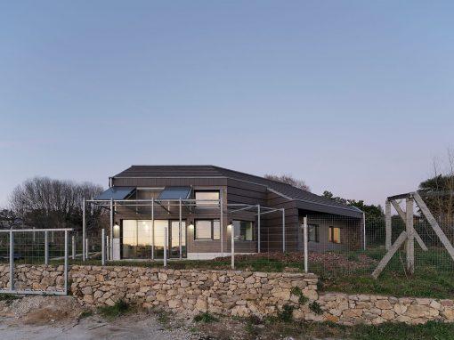 Arrokabe Arquitectos – Casa Cachóns en Teo (A Coruña)